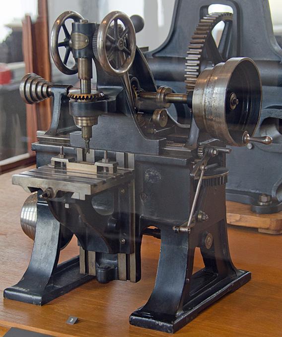 Antique Milling Machine Best 2000 Antique Decor Ideas